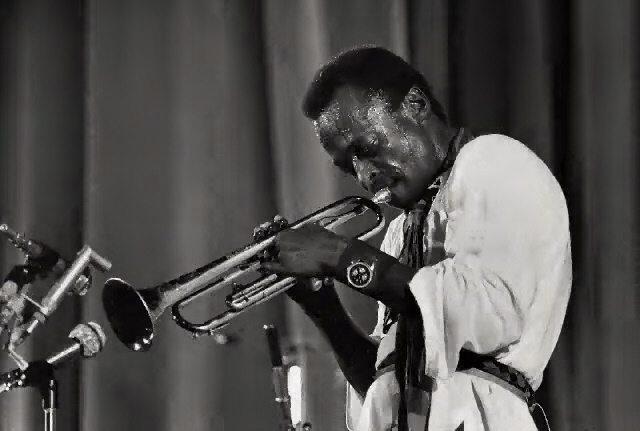 Miles Davis Navi